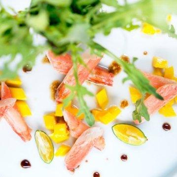 Alaska Snow Crab Salad with Mango