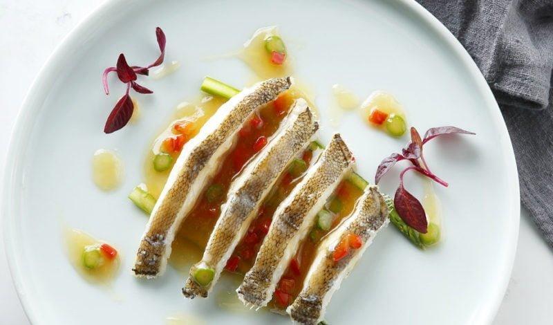Recipes - Steamed Alaska Yellowfin Sole with Asparaguses
