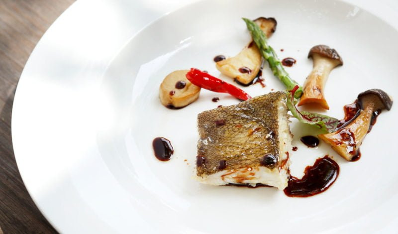 Recipes - Grilled Alaska Yellowfin Sole with Red Wine Sauce with Mushroom