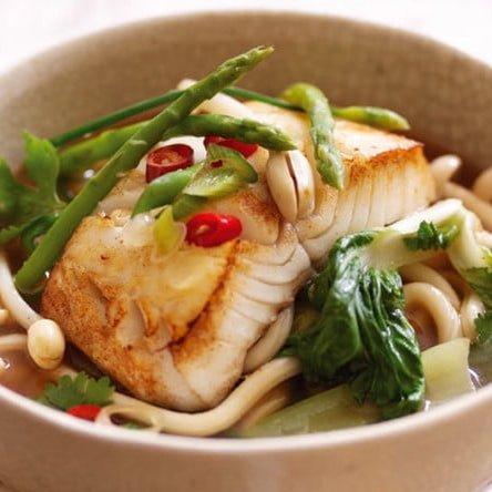 Ikan Cod Alaska Dengan Kuah Miso Dan Mie Udon